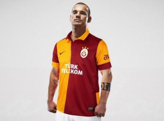 Sneijder'in başarılı olabilmesi için doğru formülü bulmak gerekiyor