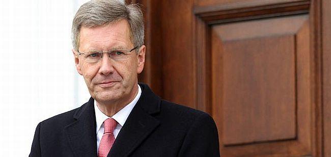 Almanya Cumhurbaşkanı Wulff istifasını açıkladı