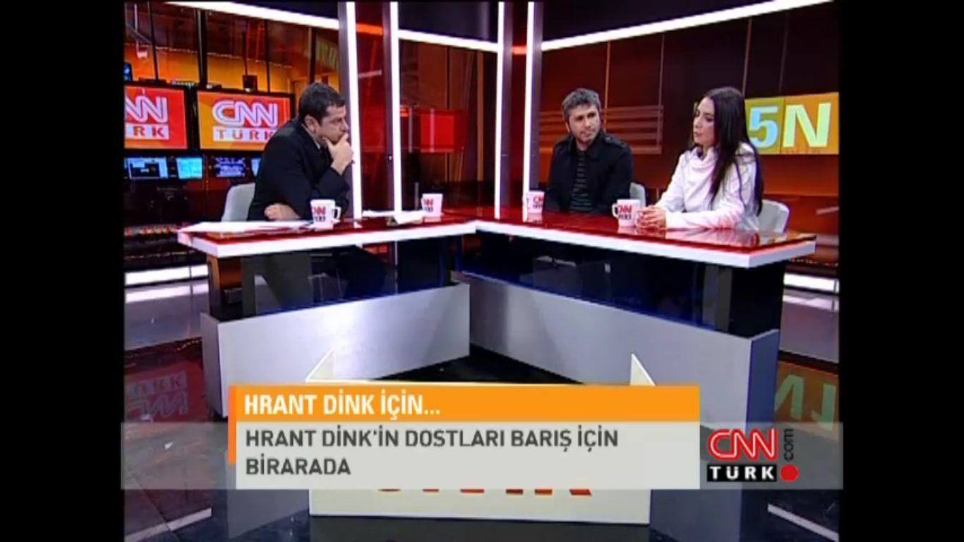 Aylin Asım, Cahit Berkay, Redd, Nevzat Özgen / Cüneyt Özdemir - 5N1K