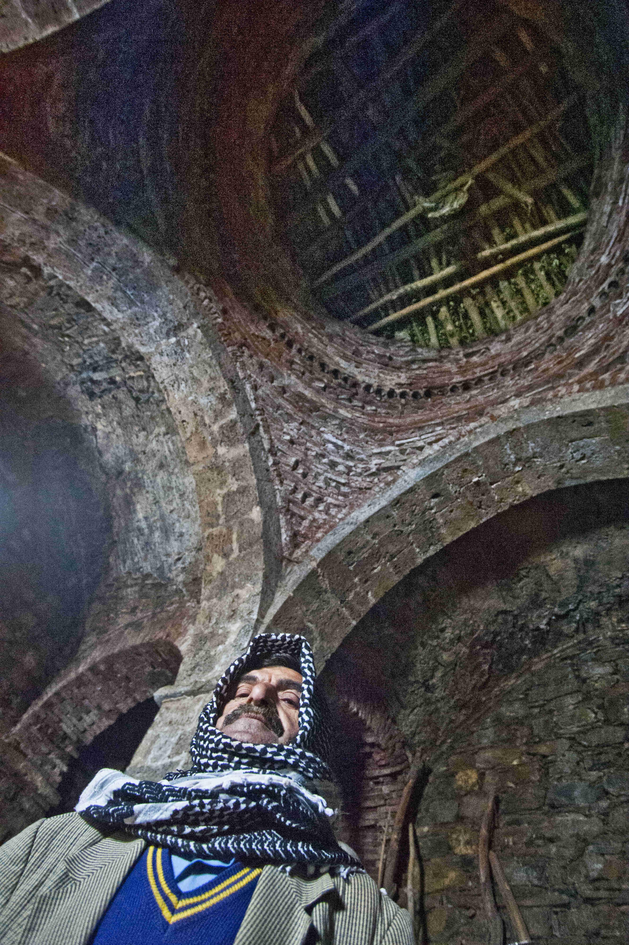 Çünüş'teki manastırı koruyan Şükrü Nikcar
