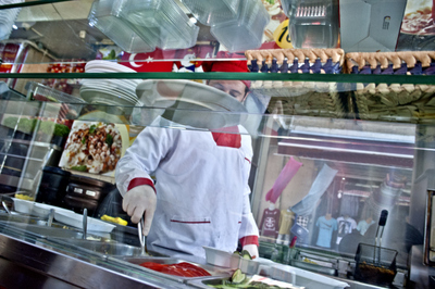 Working as a cook in a Syrian buffet in Taksim, Enes thinks that he deserves citizenship, not as a favor, but because he is surviving on his own and self-sufficient.